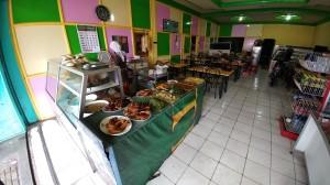 Tempat makan murah langganan supir microbus :D