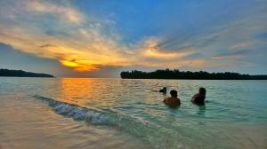 Sunset Pulau Dolphin