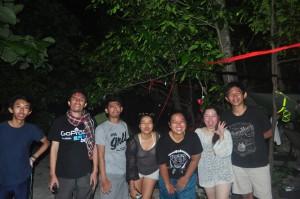 Kegiatan malam di Pulau Dolphin, main tepok nyamuk!!